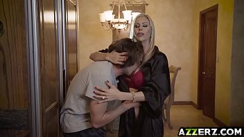 molten miilf alexis fawx humps with stepson tyler nixon