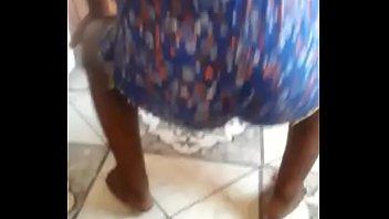pretinha dancando no whatsapp