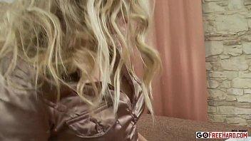 blond ultra-cutie sindy lucky luvs getting her coochie slammed