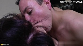 buxom gf spunk in mouth
